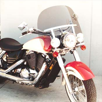 Classic L Windshield for AERO 1100