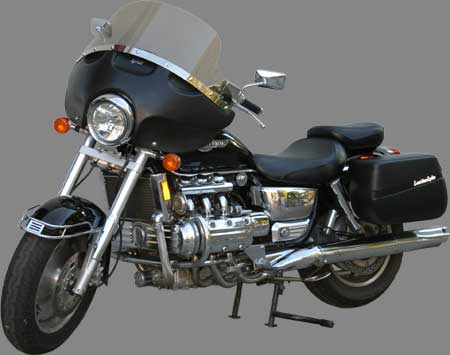 Rifle Cruise Tour(tm) fairing without studs on Honda Valkyrie